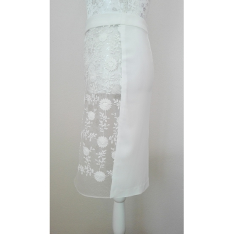 Originálna krajková sukňa