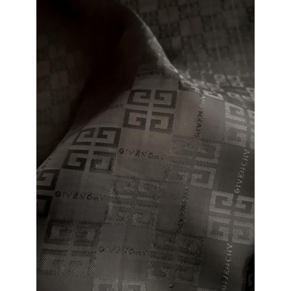 Podšívka Givenchy